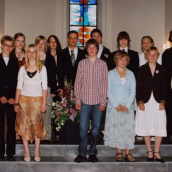 Konfirmation 2006 <br /> (Foto: A.Dünner) (Andreas Bertram-Weiss)<div class='url' style='display:none;'>/</div><div class='dom' style='display:none;'>kircheamsee.ch/</div><div class='aid' style='display:none;'>32</div><div class='bid' style='display:none;'>156</div><div class='usr' style='display:none;'>6</div>